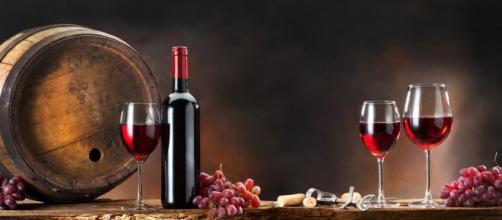 ¿Conoces todos los beneficios del vino tinto?