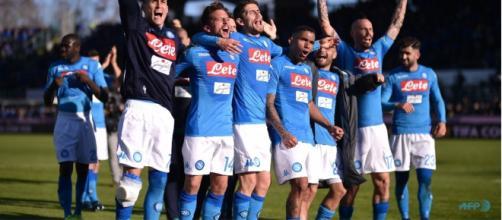 El equipo de Napoli cree todavía en ganar el título de la Serie A.