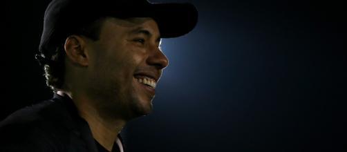 Jair Ventura tem motivos para sorrir. (foto reprodução).