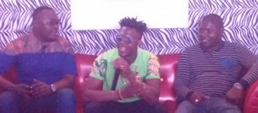 L'artiste camerounais Tenor lors de son point de presse (c) Odile Pahai