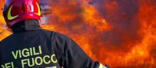 Paura a Lercara Friddi: scoppia incendio, marito e moglie salvi ... - siciliainformazioni.com