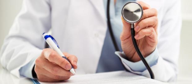 Ele não é o pai: médico comprova infertilidade de pai de 9 filhos