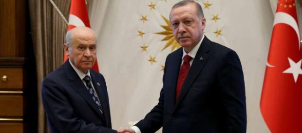 Erdogan will vorgezogene Wahlen in der Türkei | Politik - az-online.de