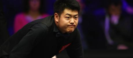 Liang Wenbo on brink of shock exit from World Championship ... - eurosport.com