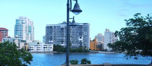 Condado Lagoon in San Juan, Puerto Rico (Image credit – Thief12, Wikimedia Commons)