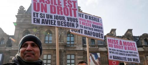 Francia presenta controvertida ley sobre inmigración - Francia - RFI - rfi.fr