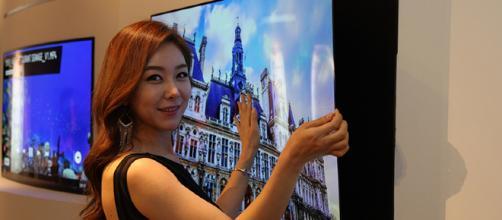 Televisores flexibles y tecnología inteligente portátil un paso más cerca