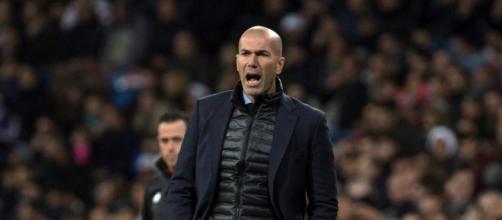 Zinedine Zidane, preocupado por los goles encajados a balón parado.