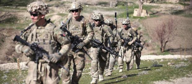 Los funcionarios dicen que Estados Unidos ha cambiado su participación en Siria