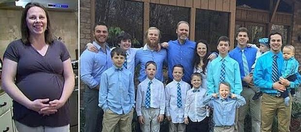 Michigan woman gives birth to 14 son. - [Image: US Daily / YouTube screenshot]