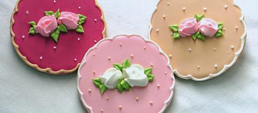 Biscoito decorados com glace real e/ou pasta americana (no ... - com.br