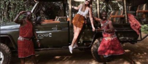 Críticas a Dulceida por regalar unas gafas de sol a los niños de África @dulceida INSTAGRAM