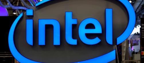 Intel minimiza la falla en sus procesadores que pone en riesgo