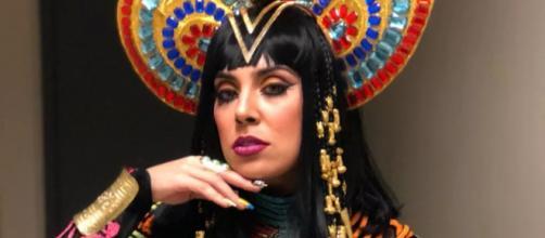 Katy Perry na voz de Nayara Azevedo no Show dos Famosos