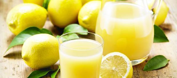 Dieta del limone: come dimagrire velocemente dopo le feste di Pasqua