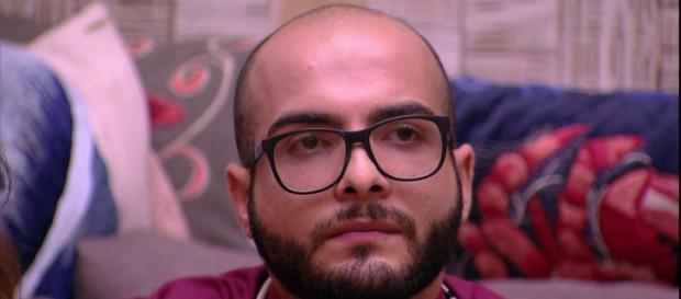 Ex-bbb Mahmoud Baydoun foi o sexto eliminado do BBB18. (foto reprodução).