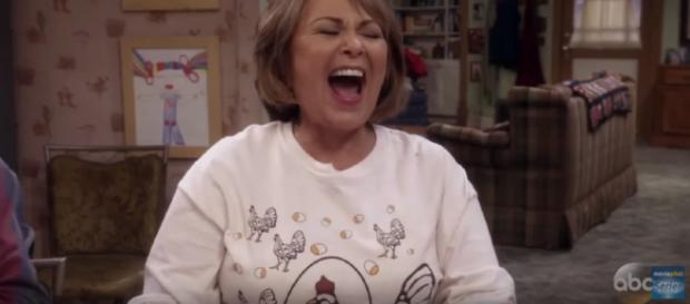 Roseanne is back. [image source: Series Trailer MP/YouTube screenshot]