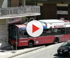 Autobus fuori controllo nel cosentino