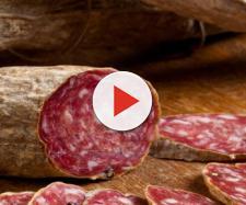 Rischio sanitario: salame fuori dal commercio europeo, grave pericolo listeria