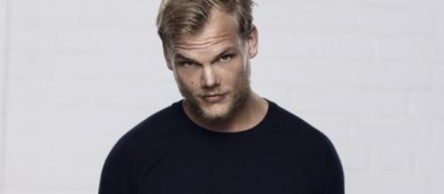 Avicii launches Avicii FM radio show with first instalment: Listen ... - djmag.com