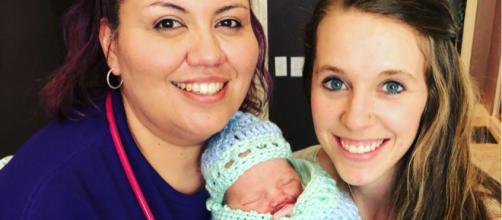 Jill Duggar-Dillard helps deliver a woman's baby / Photo via Jill Dillard, Instagram