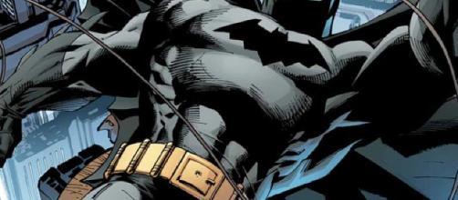 Josh Brolin está realmente contento de no haber jugado Batman