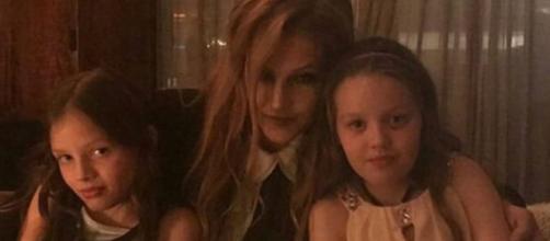 Lisa Marie Presley and twin daughters Harper and Finley. -[Image Credit Lisa Marie Presley Instagram]