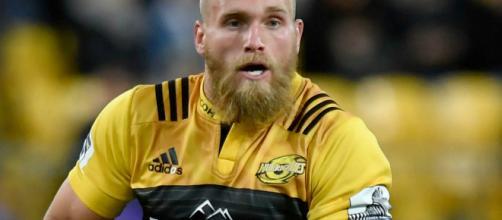 Shields, nacido en Nueva Zelanda, quien califica para Inglaterra a través de sus padres, se unirá a Wasps más adelante este año