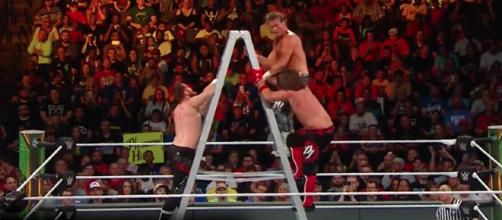 WWE fans may see a Fatal 5 Way ladder match as part of the 'Greatest Royal Rumble 2018' card. [Image via WWE/YouTube]