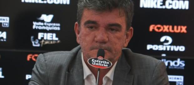 André tem buscando formas de conseguir mais dinheiro para o Corinthians