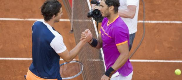 El número uno del mundo, Nadal, que busca su undécima victoria en el evento de tierra batida, ganó 6-0 y 6-2 en solo 67 minutos