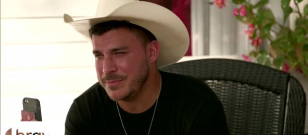 Jax Taylor wears a cowboy hat in Kentucky. [Photo via Bravo/YouTube]