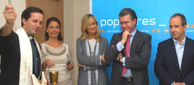 Cristina Cifuentes acusa a Aguirre de llevarse dinero para desviar la atención