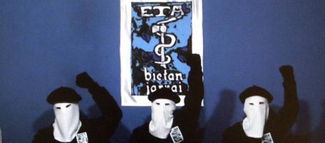 ETA pide perdón antes de disolverse
