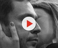 Tiago Leifert chora abraçado a esposa, que luta contra grave doença