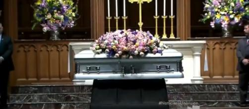 Barbara Bush will be laid to rest on Saturday. [Image source: UnivisonNoticias -YouTube]
