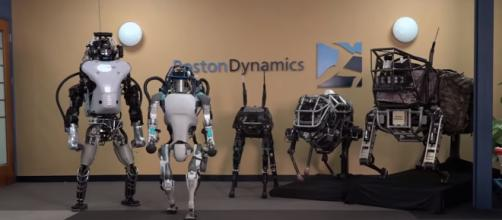 https://i2.wp.com/www.ungeekencolombia.com/wp-content/uploads/2016/02/atlas-boston-dynamics.jpg