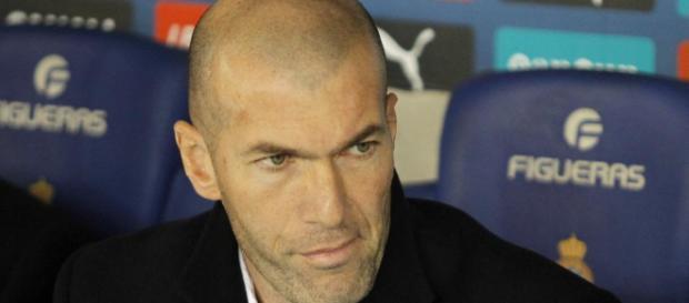 Mercato : L'énorme confrontation Zidane - Real Madrid pour un cadre !