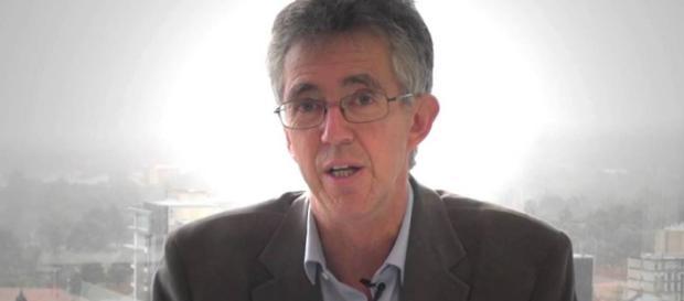 El psicólogo infantil Steve Biddulph.