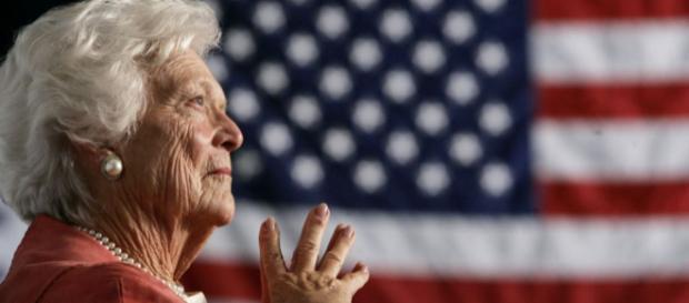 US VIPs Pay Tribute to Barbara Bush - voanews.com