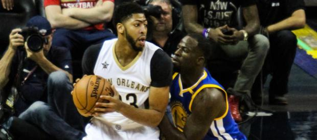 Where do Anthony Davis and Draymond Green rank among the best power forwards in the NBA right now? - [10thYearSeniors / Flickr]