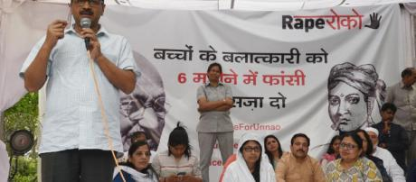 Kejriwal says Delhi govt to amend law to ensure death for minors ... - (hindustantimes/Youtube)