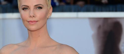 Charlize Theron sufrió depresión después de rodar su última ... - com.uy