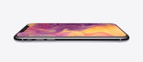 iPhone X: Apple pronto ad una sorpresa