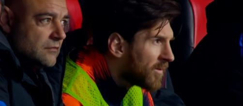 Lionel Messi on the bench at Celta. [image source: Raheem Comps 2/YouTube]