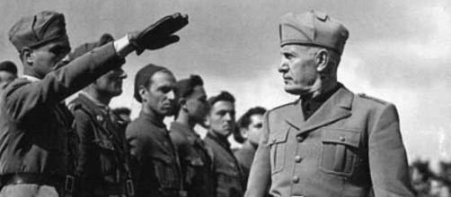 Mussolini. - [Image source: Toni Schneiders / Wikimedia Commons]