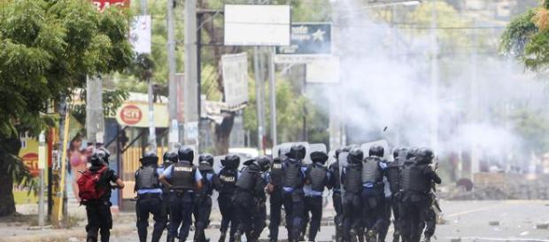 Protestas en Nicaragua, enfrentamientos con la policia
