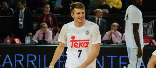 Slovenian basketball prospect Luka Doncic has officially declared for the NBA Draft. [Image via Wikimedia Commons]