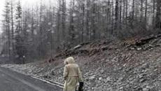 Mulher misteriosa intriga moradores da Rússia