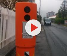 Autovelox totem arancione - quotidianocanavese.it